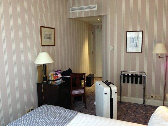 Hotel Astor Saint-Honore: バルコニー部屋