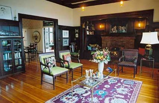 Photo of Earle Clarke House Bed & Breakfast Victoria
