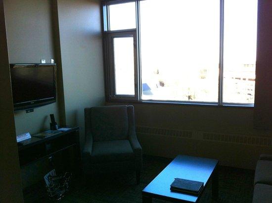 Hotel Alma at the University of Calgary: Living Room