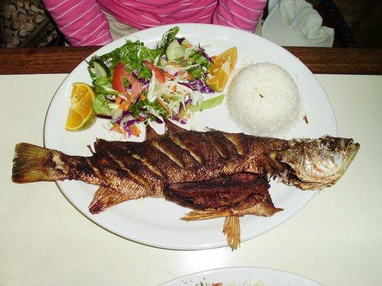 Mariscos Poseidon : Crispy Fish