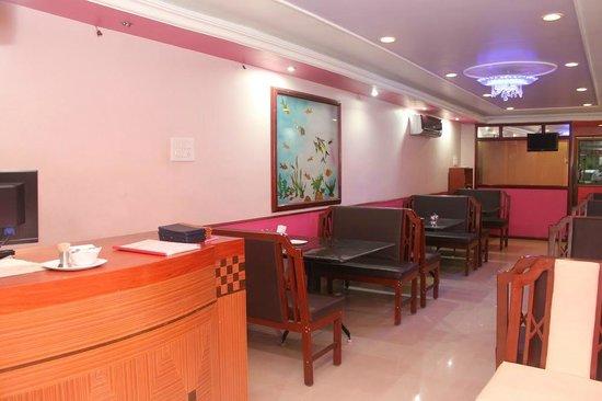 Hotel Vijaya's