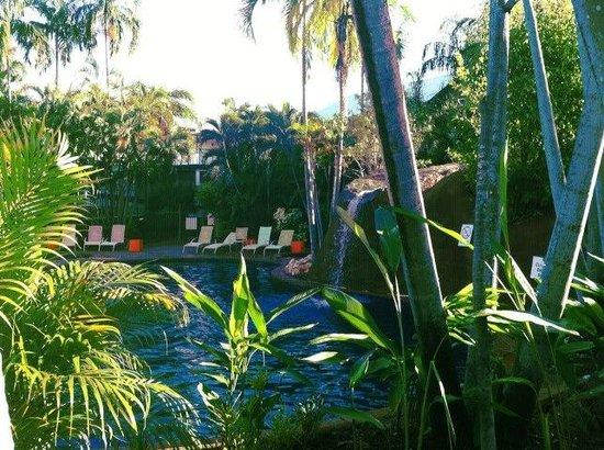 Travelodge Resort Darwin: the blue pool