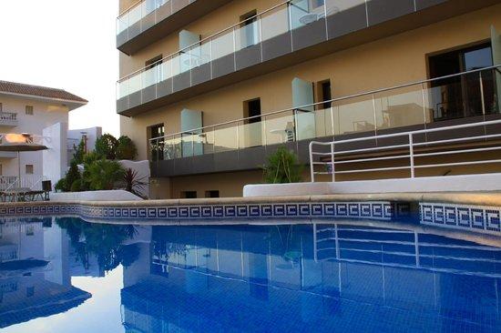 Petit Palau : Swimming pool