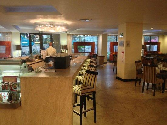 Protea Hotel Umhlanga Ridge: Lobby - Bar