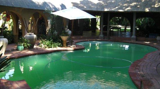 بوهيمين رابسودي: Water here are very refreshing in April
