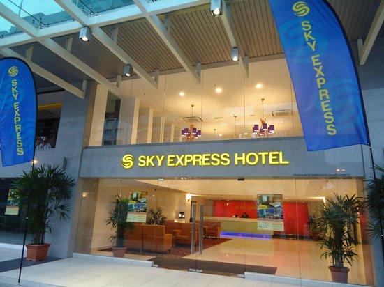 Sky Express Hotel Bukit Bintang : Main Entrance