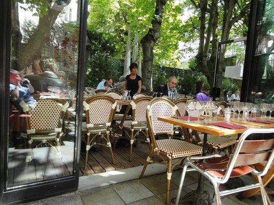 l 39 entrepot paris restaurant reviews phone number photos tripadvisor. Black Bedroom Furniture Sets. Home Design Ideas