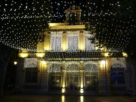 Thezan-Les-Beziers, France : The Mairie at Christmas