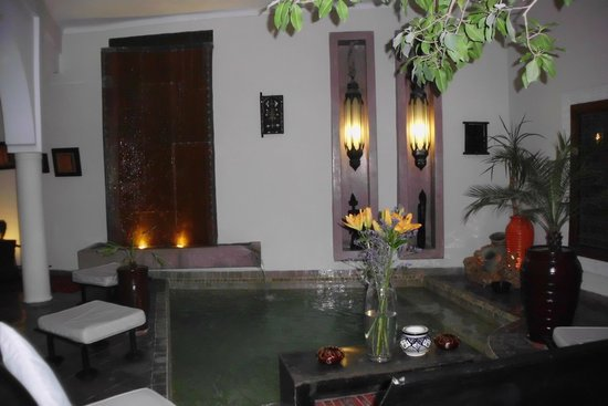 Riad Jardin des Reves: la piscina