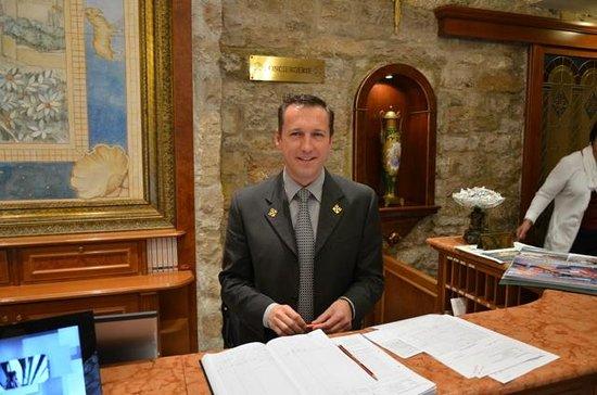 Chateau de la Chevre d'Or: Reception and Phillipe the concierge