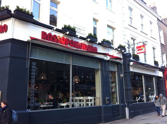 Rossopomodoro - Covent Garden: exterior