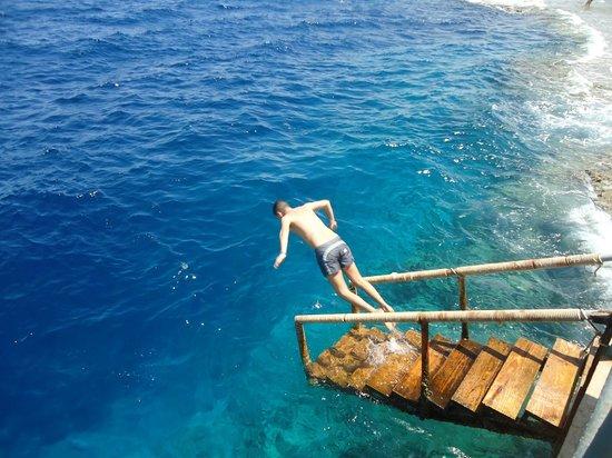 Club Reef Resort : tuffo dalla scaletta