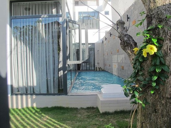 swimming pool picture of bau villa danang da nang tripadvisor. Black Bedroom Furniture Sets. Home Design Ideas