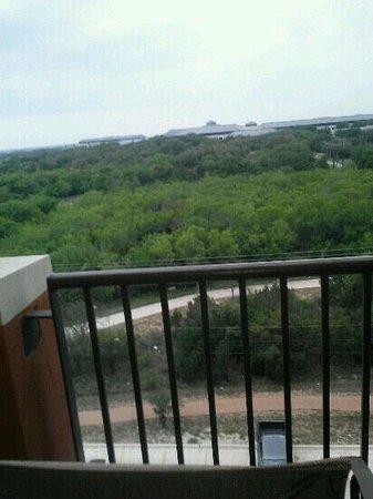 Drury Inn & Suites San Antonio Near La Cantera Parkway: beautiful view private balcony