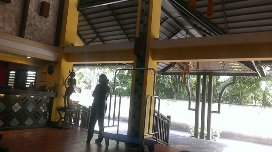 Woraburi Sukhumvit Hotel and Resort : hotel lobby
