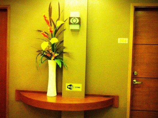 Rio Suites: Hallway