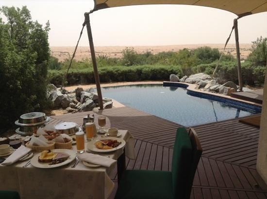 Al Maha, A Luxury Collection Desert Resort & Spa: breakfast by our private pool