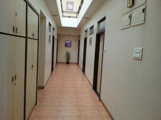 Hotel Rajmahal: first floor passage....