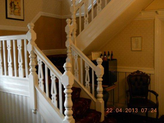 Brigstock House: Entrance hall