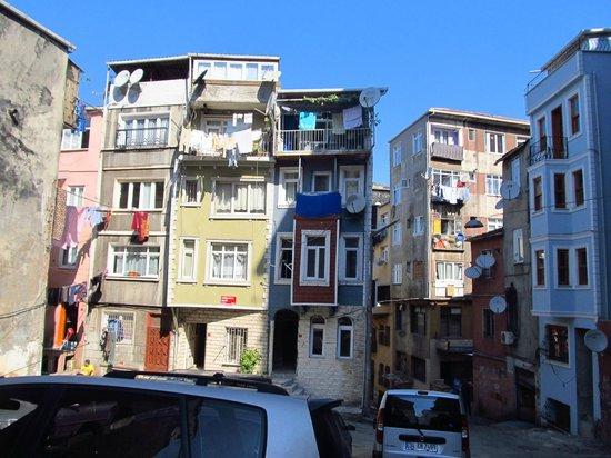 Istanbul Apartments Istiklal: Quartier dans lequel est située la résidence