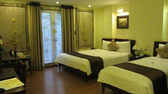 Hanoi Charming 2 Hotel: great room