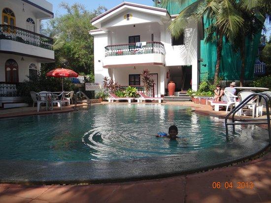 Villa Bomfim: Pool area