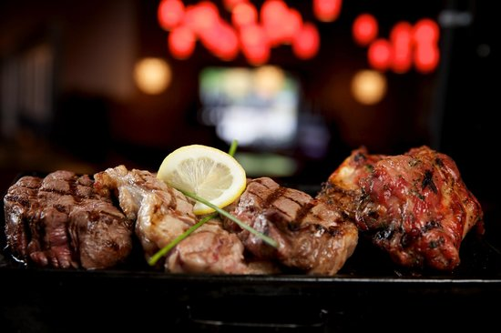 Tango Argentinian Steakhouse: Table top grill....