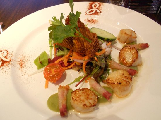 Lochside House Hotel: Superb scallops for starters