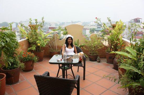 Lucky 3 Hotel: Balcony