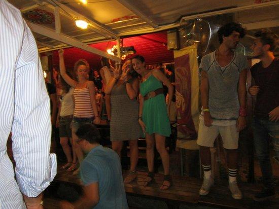 Osteria Ago e Rita: ballando sui tavoli