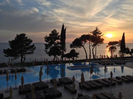 Hotel Laguna Parentium: Tramonto sul terrazzo ;)