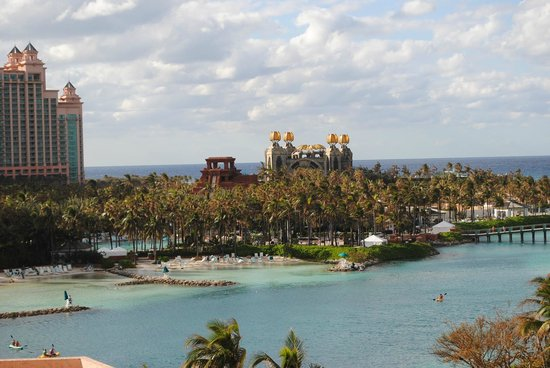 Atlantis, Royal Towers, Autograph Collection: Atlantis Bahamas - Aquaventure view