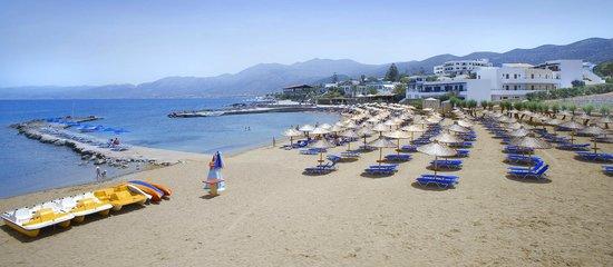 Nana Beach Hotel: Beach