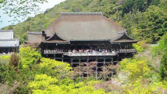 معبد كيوميزو: Kiyomizu Temple