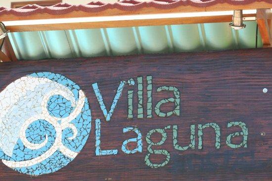 Villa Laguna: Entrada