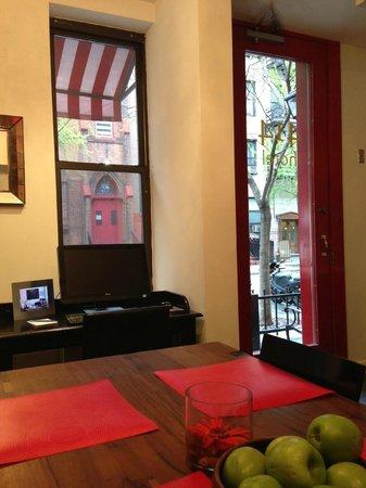 414 Hotel: l'entrée
