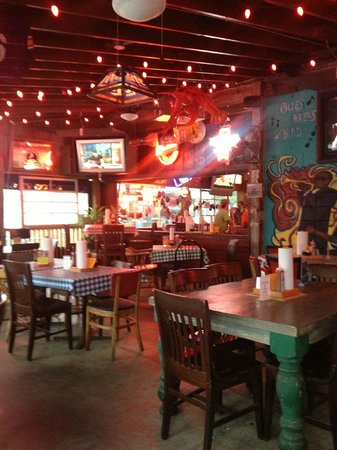 Champy's Chicken : Under the tin roof