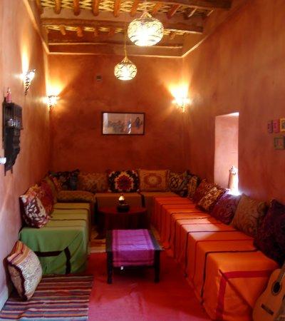 Le chant des dunes b b m 39 hamid maroc voir les tarifs for Salon zen rabat tarifs