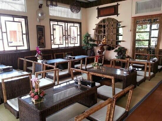 Zen Style Deco Picture Of Bodhi Zen Vegetarian Restaurant Chiang Mai Tripadvisor