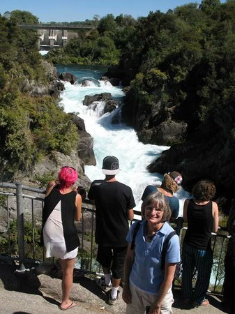 Huka Falls tracks: after opening of dam