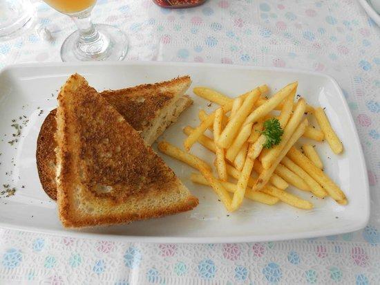 Oppi Stoep, toasted sandwich