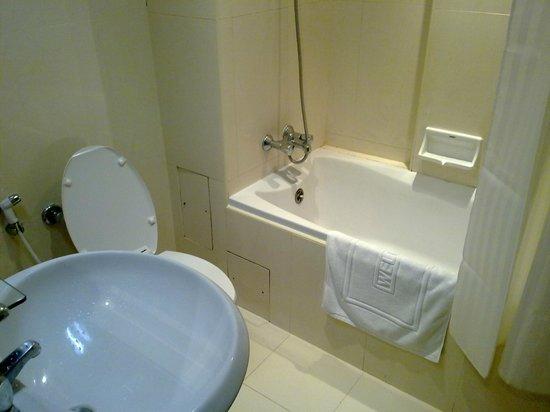 Grand Inn Hotel: -