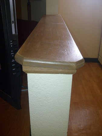 TownePlace Suites Indianapolis Park 100: Just an example of the quality and the wear
