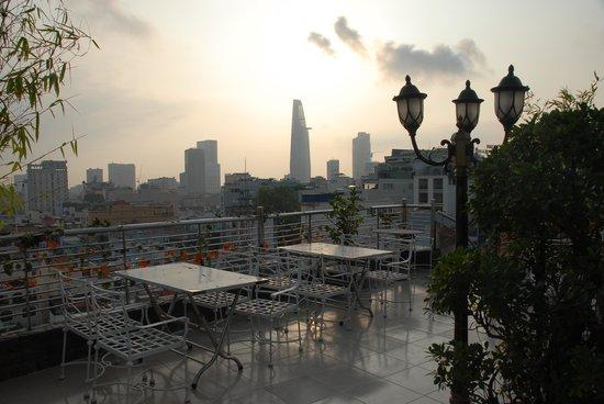 Saigon Royal Hotel: Outside terrace at sunrise