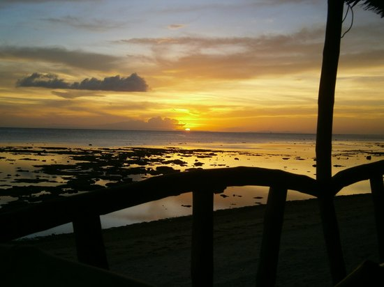 Michael's Resort and Dive : sunset
