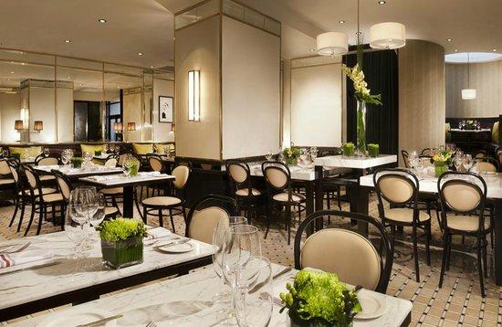 Hotel Omni Mont-Royal: Le Petit Opus Cafe