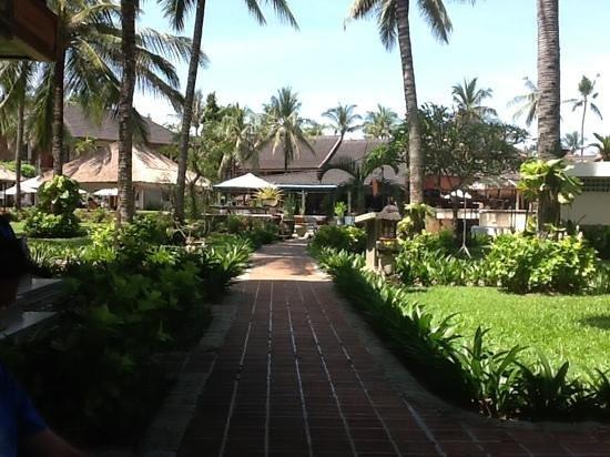 """The Jayakarta Bali Beach Resort: the jayakarta grounds """"nice"""""""