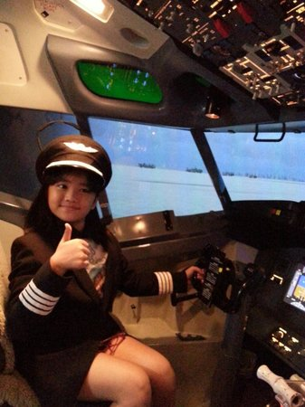 Flight Experience Bangkok: enjoy &fun