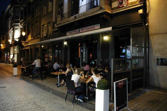NewS Bar & Restaurant : terrasse chauffée