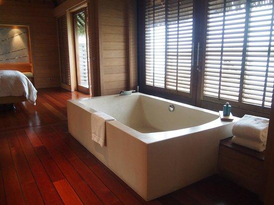 Bath In Bungalow Picture Of Four Seasons Resort Bora Bora